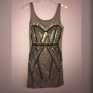 Dresses & Skirts - Gold and black designed mini Dress